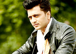Riteish Deshmukh upset with Mastizaade's makers