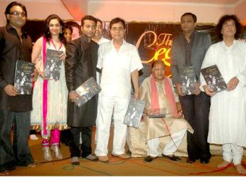 Photo Of Deepak Pandit,Akruti Kakkar,Sabir Khan,Jagjit Singh,Ustad Sultan Khan,Ratnakar Kumar,Zakir Hussain From The Zakir Hussain launches 'The Legacy' album by Ustad Sultan Khan and Sabir Khan