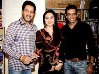 Photo Of Gurdas Mann,Juhi Babbar,Anoop Soni From The Divya Dutta's mom Nalini's book launch
