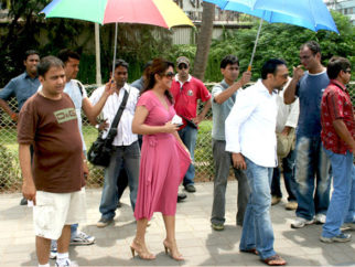 On The Sets Of The Film Kucch Luv Jaisaa Featuring Rahul Bose,Shifaali Shah,Neetu Chandra,Sumeet Raghavan,Manmeet Singh,Kunal Kumar,Amin Hajee,Om Puri