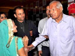Photo Of Vindu Dara Singh,Dara Singh Randhawa From The Gul Panag and Om Puri at Punjabi Virsa Awards 2011