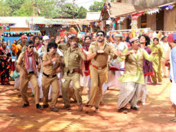 Movie Still From The Film Bin Bulaye Baarati,Razzak Khan,Rajpal Yadav,Shakti Kapoor,Aftab Shivdasani