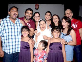 Photo Of Abir Goswami,Rakshanda Khan,Farida Jalal,Kanika Verma,Upasana Shukla,Priyal,Imran Khan From The Launch party of 'Ammaji Ki Galli'