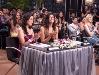 Movie Still From The Film Hum Tum Shabana,Aditi Govitrikar,Pooja Batra