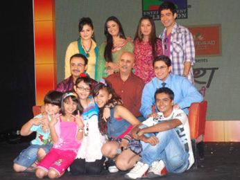 Photo Of Sparsh Khanchandani,Vivek Mushran,Shweta Tiwari,Aanchal Munjal,Rupali Ganguly From The Sony TV launches TV serial 'Parvarish'