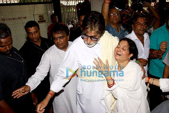 Amitabh Bachchan, Vijayata Pandit