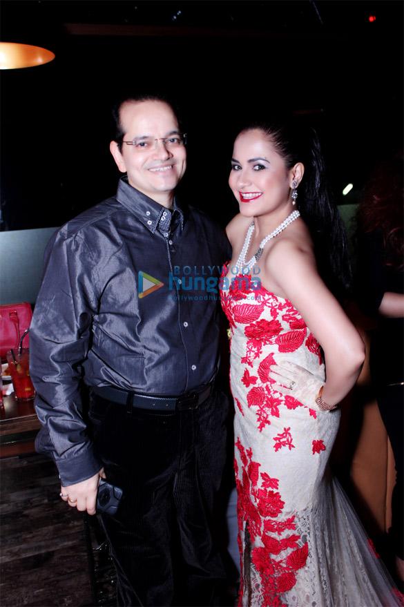 Champak Jain, Liza Malik