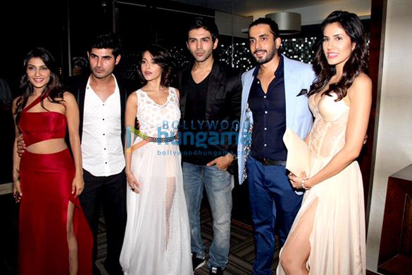 Ishita Sharma 1, Omkar Kapoor, Nushrat Bharucha, Kartik Aaryan, Sunny Singh Nijjar, Sonalli Sehgall