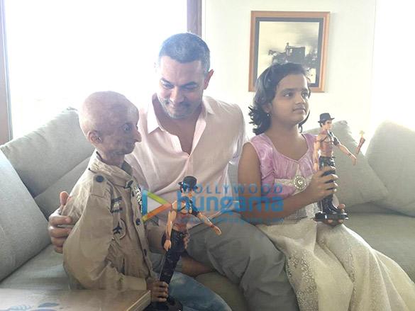 Nihal, Aamir Khan