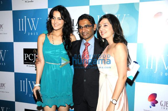 Tulip Joshi, Vinod Nair, Amy Billimoria