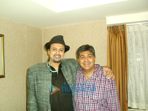 Salman Ahmad, Vivek Kumar