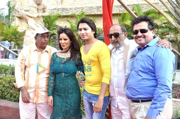 Surendra Varma, Priti Sharma, Sidhant Singh, Tinu Anand, Satyendra Thakur