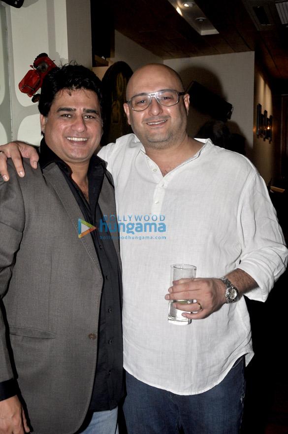 Ayub Khan, Raju Singh
