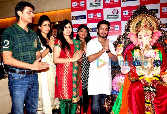 Sanjiv Bhatia, Neha Mishra, Sharanya Natrajan, Shreyas Shukla
