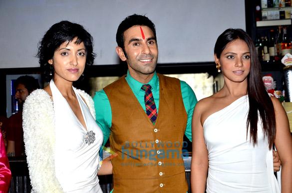 Jesse Randhawa, Sandip Soparrkar, Neetu Chandra
