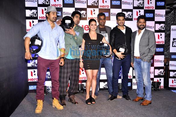 Rannvijay Singh, Vijender Singh, Esha Deol, Karan Kundra