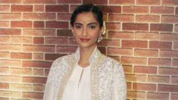 Sonam Kapoor Supports Women Entrepreneur Exhibition