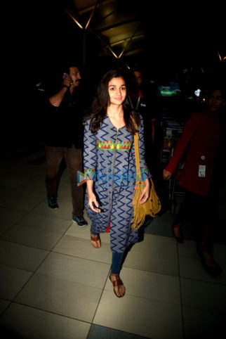 Alia Bhatt returns from Jaipur and Lucknow after completing the shoot of 'Badrinath Ki Dulhania'