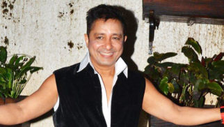 Check Out Sukhwinder Singh's Tribute Medley For Shah Rukh Khan