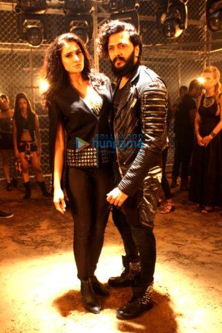 Riteish Deshmukh & Nargis Fakhri shoot for 'Banjo' promotional video