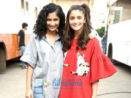 Alia Bhatt & Gauri Shinde snapped promoting their film 'Dear Zindagi'