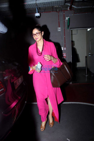 Sridevi, Juhi Chawla and Suniel Shetty snapped at the airport