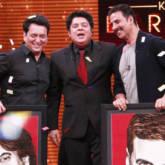 'Akshay Kumar's SENSUAL Pole Dance On 'Yaaron Ki Baraat' video