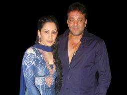 sanjay-manyata-dutt-mugdha-snapped_011