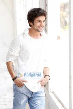 Celebrity Photos of Mustafa Burmawalla