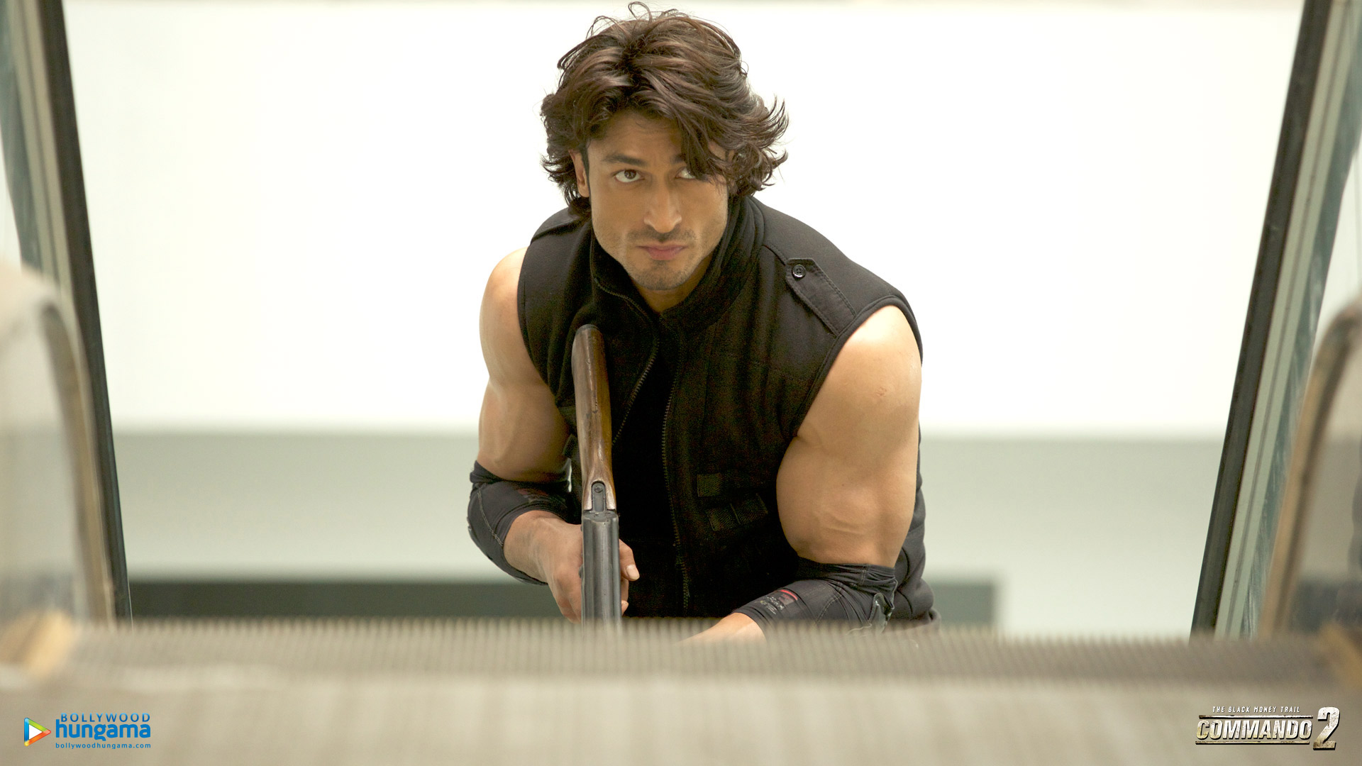 Commando 2 Wallpaper: Commando-2-3-7 - Bollywood