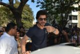 Shah Rukh Khan Casts His Vote For BMC Elections 2017