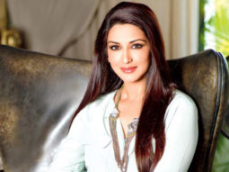 Sonali Bendre starts Sonali's Book Club on Facebook