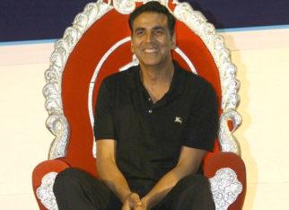 Akshay Kumar presents the most precious gift to Bollywood stuntmen