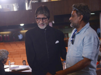 Check out Amitabh Bachchan shoots a short cameo for R. Balki's Padman-3