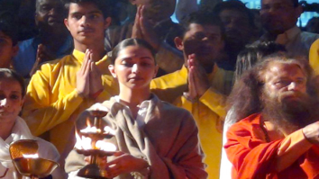 Check out: Deepika Padukone performs Ganga Aarti in Rishikesh