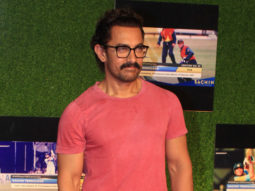 Aamir Khan REACTS On Dangal, Baahubali 2 Comparison
