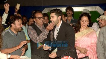 Javed Akhtar, Hema Malini and Dharmendra grace the mahurat of Anil Sharma's film 'Genius'