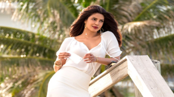 SHOCKING Priyanka Chopra has gone all out exposing in Baywatch