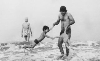 The late Vinod Khanna's son Rahul Khanna remembers him with a nostalgic post features