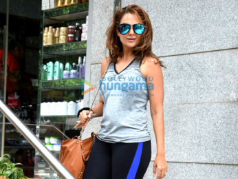 Kareena Kapoor Khan and Amrita Arora snapped at Freeda salon