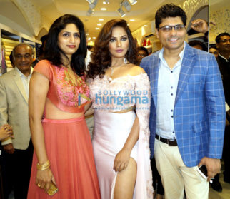 Neetu Chandra launches 11th store of Libas Riyaz and Reshma Gangji in Delhi