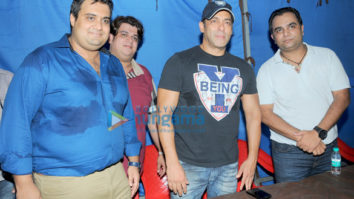 Salman Khan, BMC Chief Ajoy Mehta, Shekhar Tolani join hands to make Mumbai open defecation free