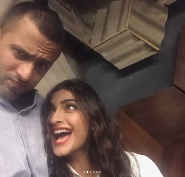 Sonam Kapoor has a perfect Sunday with rumoured boyfriend Anand Ahuja (1)