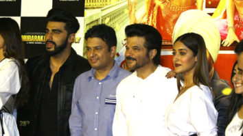 "Check Out Anil Kapoor's ICONIC ""JHAKAAS"" 