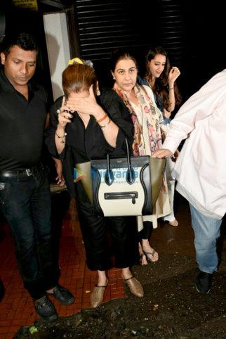 Dimple Kapadia and Amrita Singh snapped post dinner at Bastian