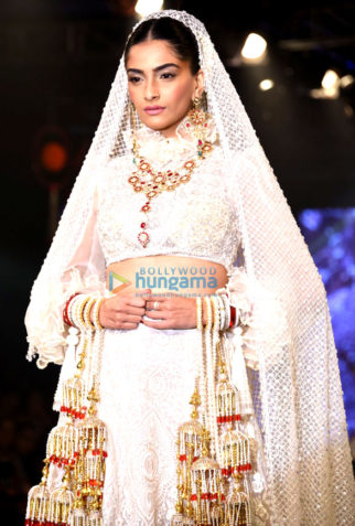 Sonam Kapoor walks for Abu Jani & Sandeep Khosla at 'Shaadi By Marriott' showcase