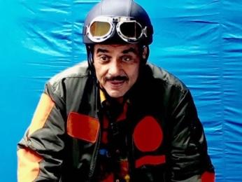Dharmendra makes his social media debut1