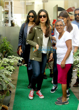 Kareena Kapoor Khan and Rhea Kapoor snapped post their salon session in Bandra