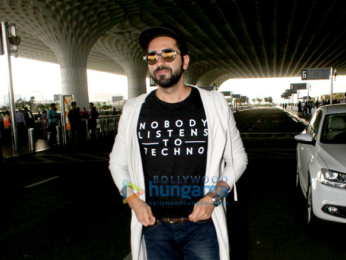 Kriti Sanon and Ayushmann Khurrana snapped at the airport
