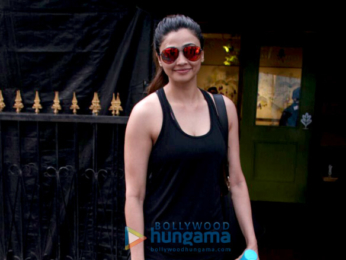 Daisy Shah spotted post lunch